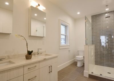 827-East-2nd-Street-New-Construction-29-1-640x480_c